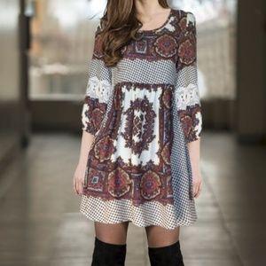 Umgee Boho Peasant Print/Crocheted Sleeve Dress